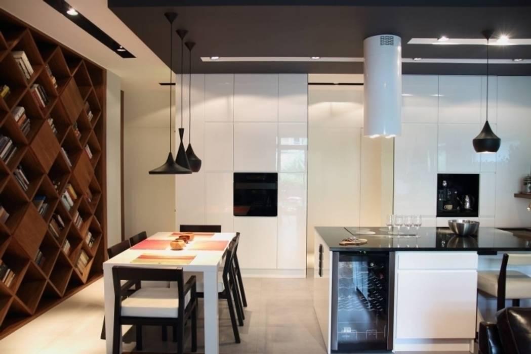apartament Warszawa Mokotów Minimalistyczna jadalnia od SHOQ STUDIO Architektura i wnętrza Minimalistyczny