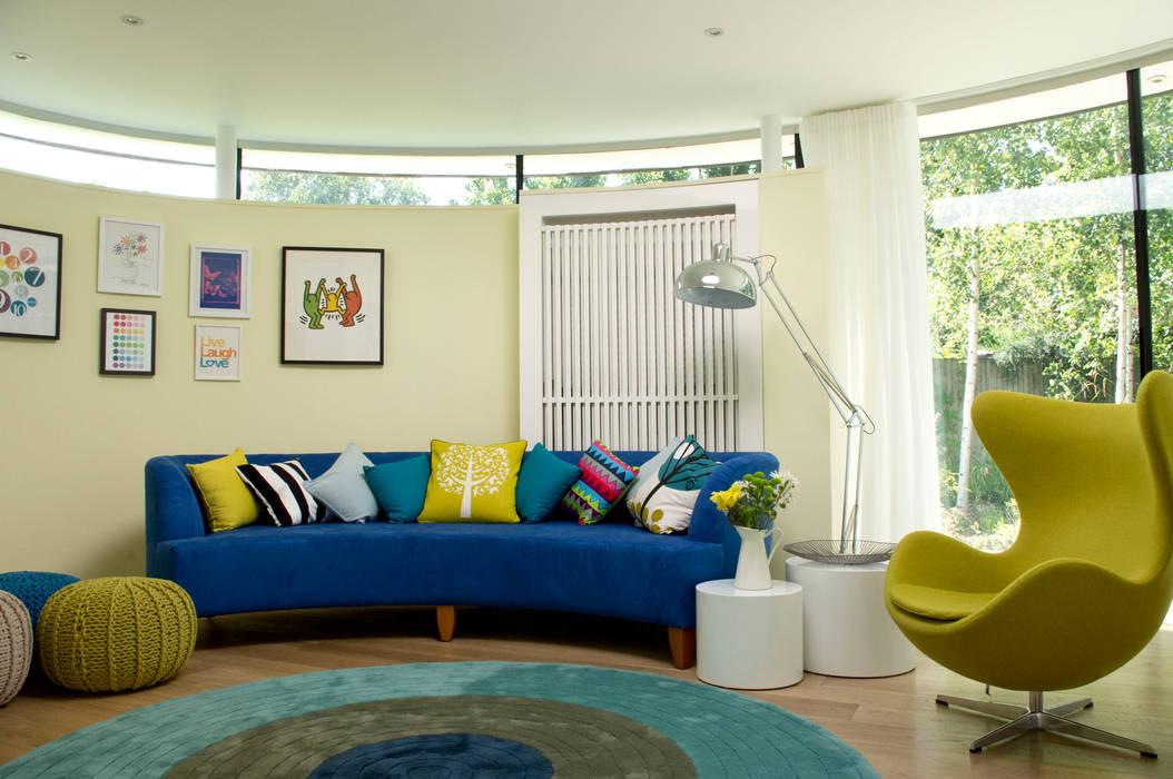 TV room Modern media room by LLI Design Modern