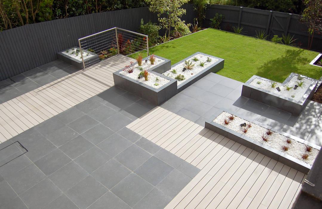 Jardines de estilo  por Robert Hughes Garden Design, Moderno