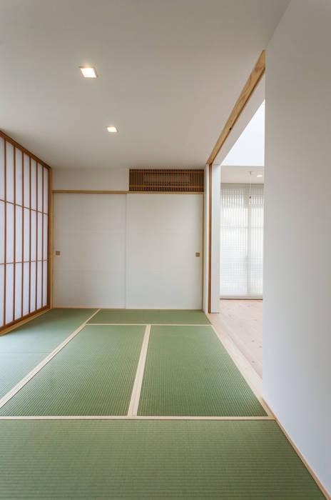 飯塚の住宅 オリジナルスタイルの 寝室 の MAアーキテクト一級建築士事務所 オリジナル