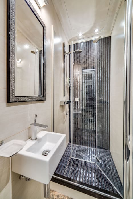 Be In Art Eclectic style bathroom