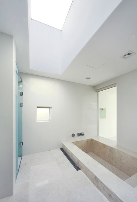 Floating House: hyunjoonyoo architects의  욕실