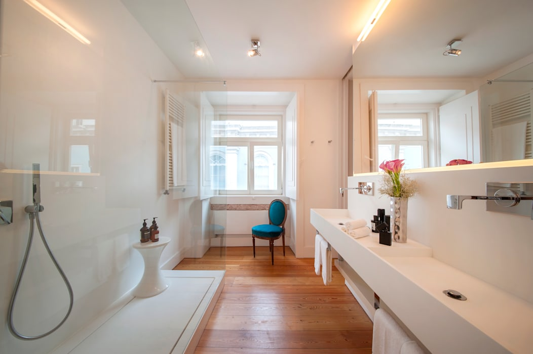 Home Staging Factory:  tarz Banyo, Modern