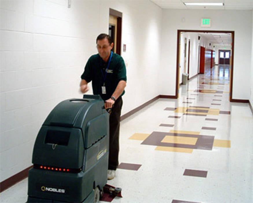 Puligaviota - Empresa de limpieza en Madrid Puligaviota - Empresa de limpieza Paredes y suelos de estilo moderno