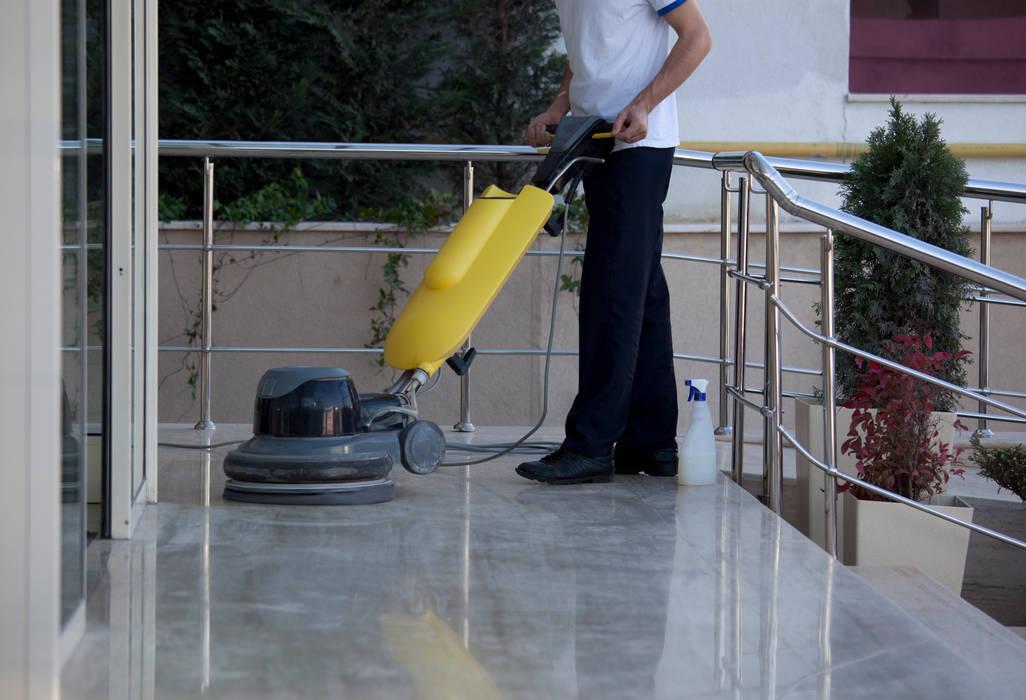 Puligaviota - Empresa de limpieza en Madrid: Paredes de estilo  de Puligaviota - Empresa de limpieza