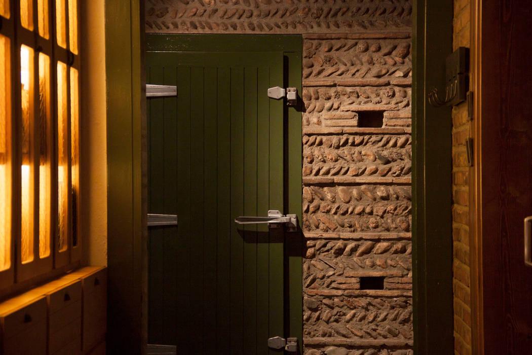 Materiales y cromatismo : Locales gastronómicos de estilo  de ALBERT SALVIA dissenyador d'interiors