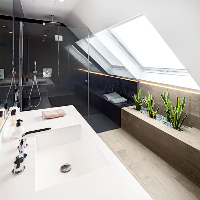 TARIMA DE ROBLE STORM - Proyecto Madrid: Bagno in stile in stile Moderno di Tarimas de Autor