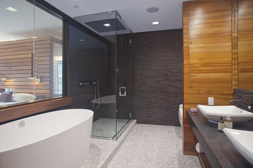 E 53rd St Apartment, NYC:  Bathroom by Eisner Design