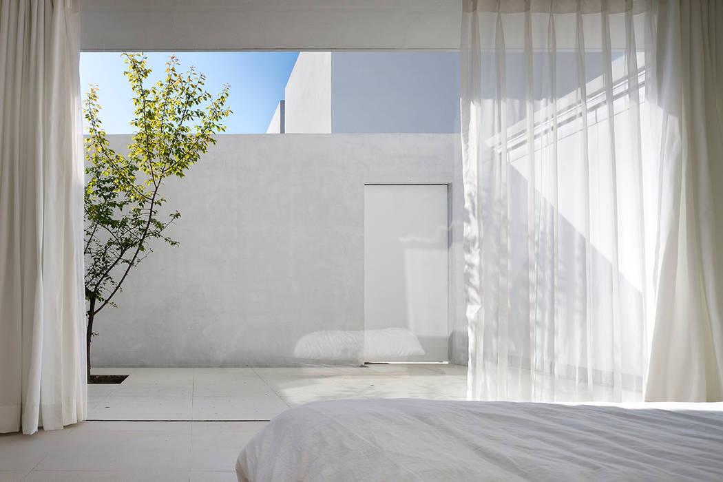 Mug Hakdong: hyunjoonyoo architects의  침실