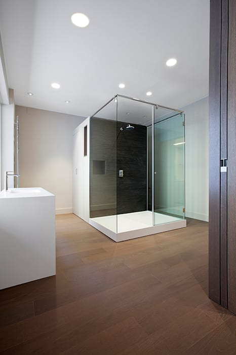 Ba os de estilo minimalista por thk construcciones homify for Construcciones minimalistas