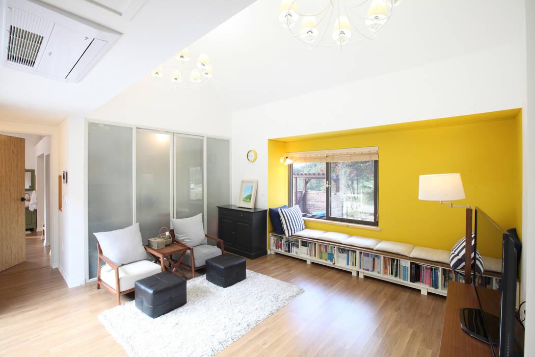 Wohnzimmer von 주택설계전문 디자인그룹 홈스타일토토, Modern