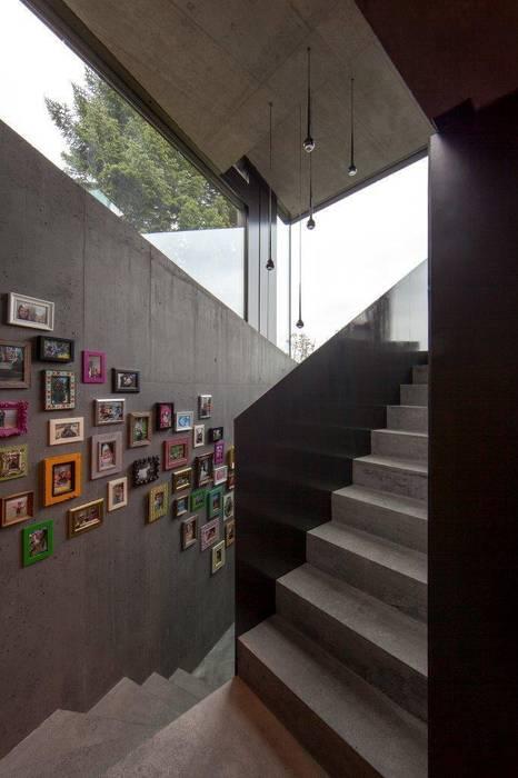 Couloir, entrée, escaliers modernes par L3P Architekten ETH FH SIA AG Moderne