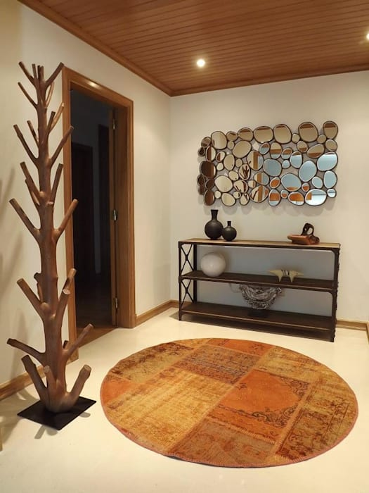 Коридор, прихожая и лестница в модерн стиле от Traço Magenta - Design de Interiores Модерн
