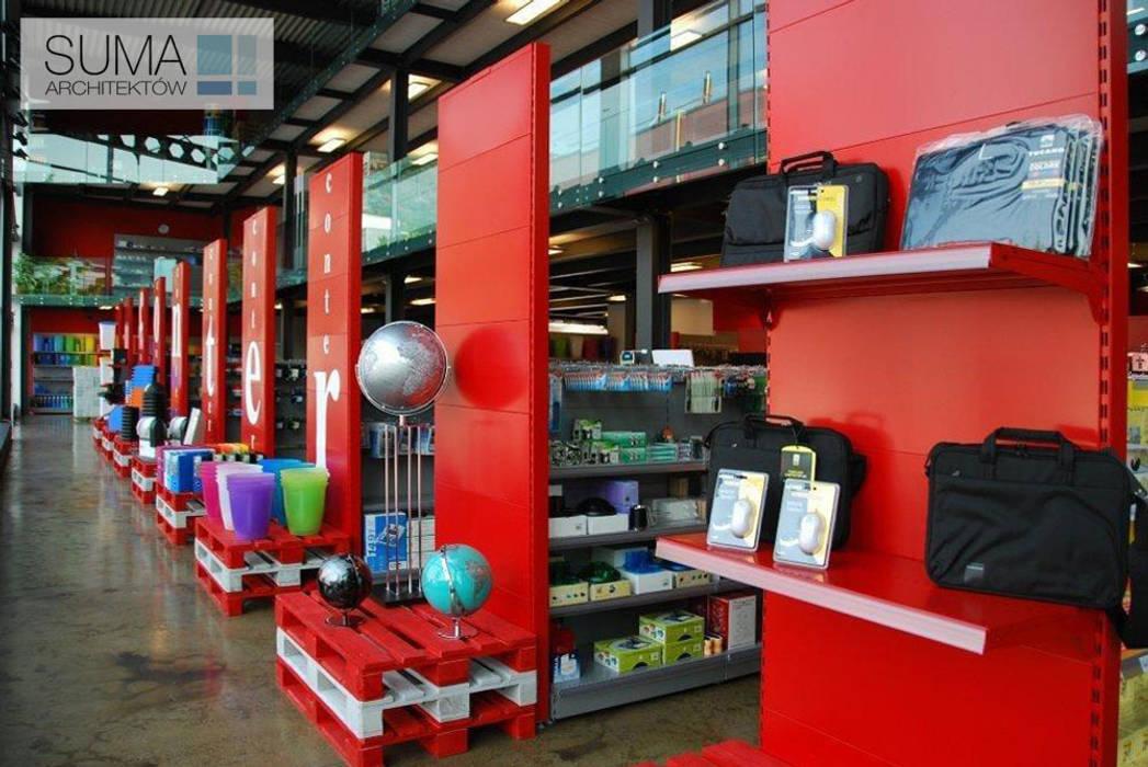 CONTER ONE: styl , w kategorii Powierzchnie handlowe zaprojektowany przez SUMA Architektów