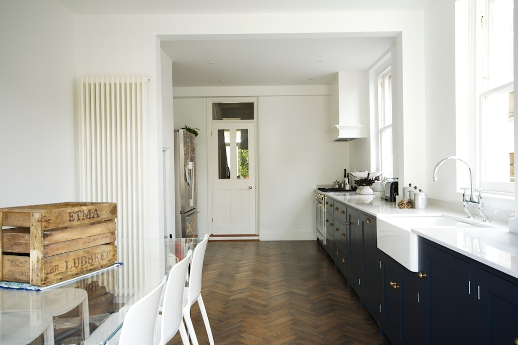 The Bath Shaker Kitchen by deVOL deVOL Kitchens Industriale Küchen