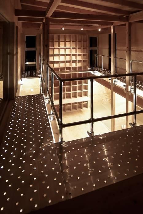 MST3-house.: AtelierorB  が手掛けた廊下 & 玄関です。,インダストリアル
