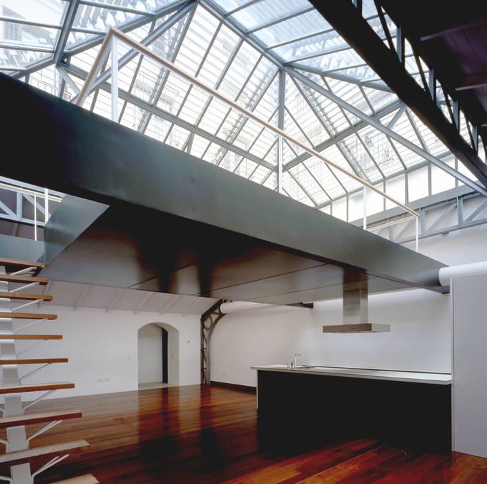 REHABILITACIÓN DE EDIFICIO CONDE DE ROMANONES. Madrid Cocinas de estilo industrial de Beriot, Bernardini arquitectos Industrial