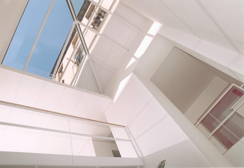REHABILITACIÓN DE EDIFICIO CONDE DE ROMANONES. Madrid Casas de estilo industrial de Beriot, Bernardini arquitectos Industrial