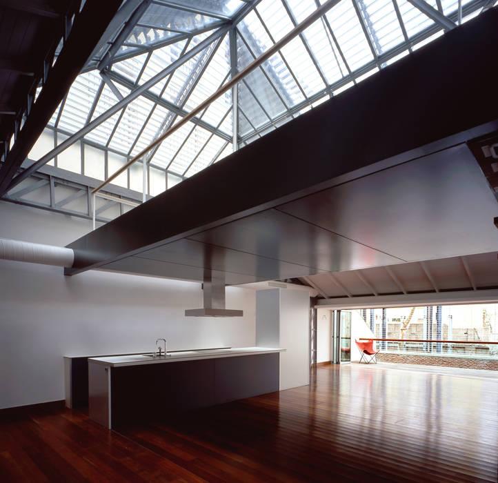 REHABILITACIÓN DE EDIFICIO CONDE DE ROMANONES. Madrid: Cocinas de estilo industrial de Beriot, Bernardini arquitectos