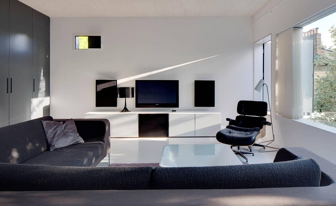 Salones de estilo  de Ed Reeve, Moderno