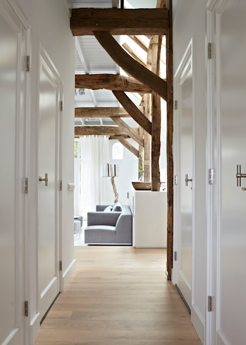 Country style corridor, hallway& stairs by reitsema & partners architecten bna Country