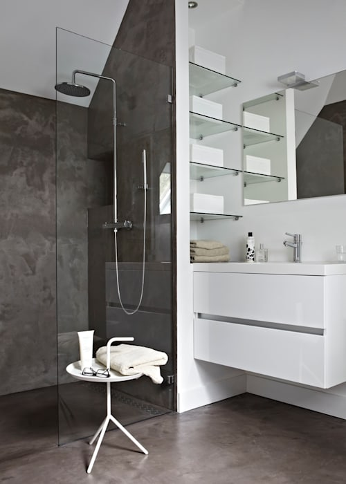 Salle de bains de style  par reitsema & partners architecten bna