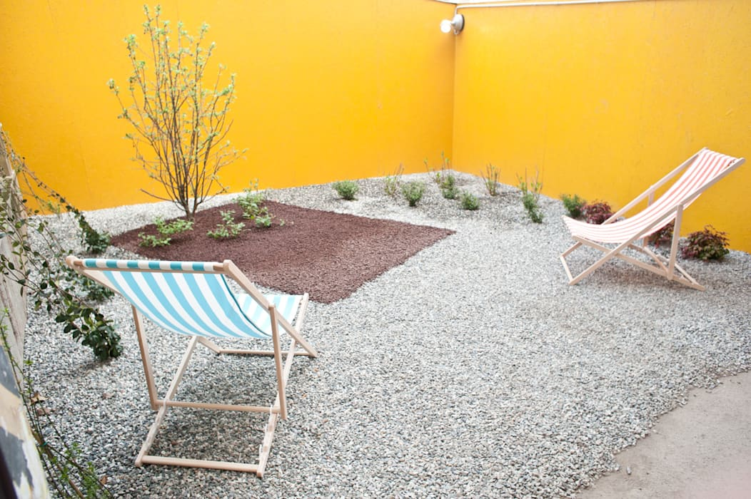 Industrial style gardens by TRA - architettura condivisa Industrial