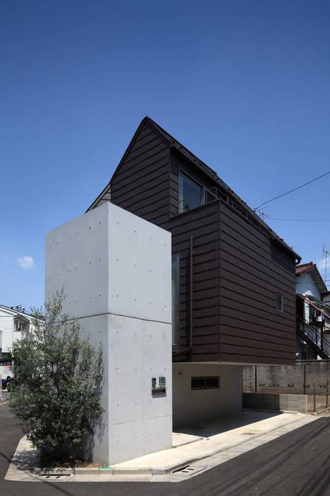 現代房屋設計點子、靈感 & 圖片 根據 長浜信幸建築設計事務所 現代風