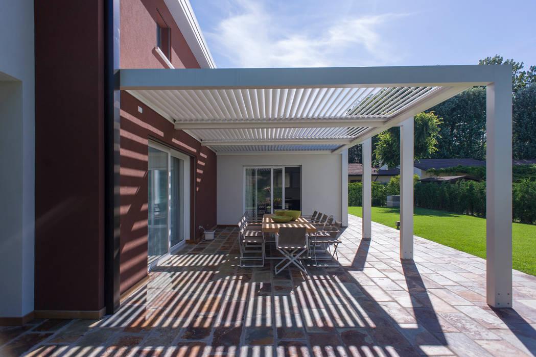 Interior Andrea Tommasi - : Terrazza in stile  di Andrea Tommasi