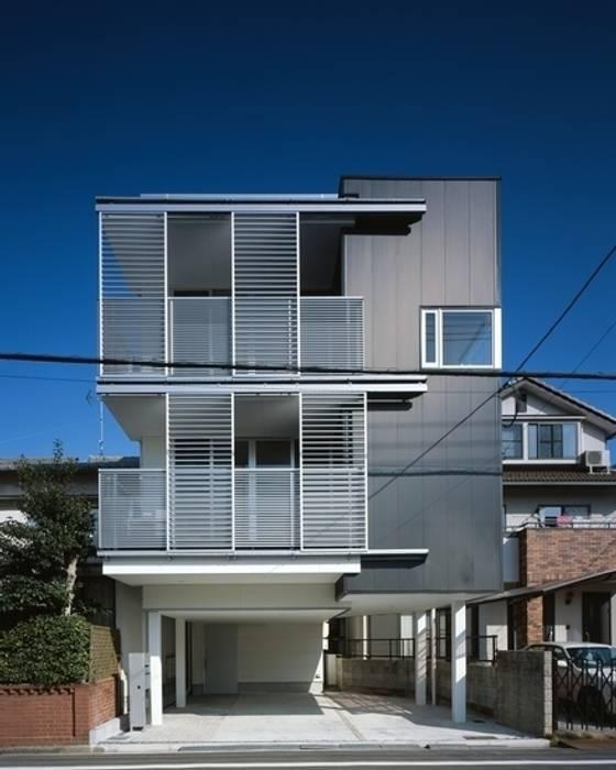Y-house モダンな 家 の 有限会社アルキプラス建築事務所 モダン