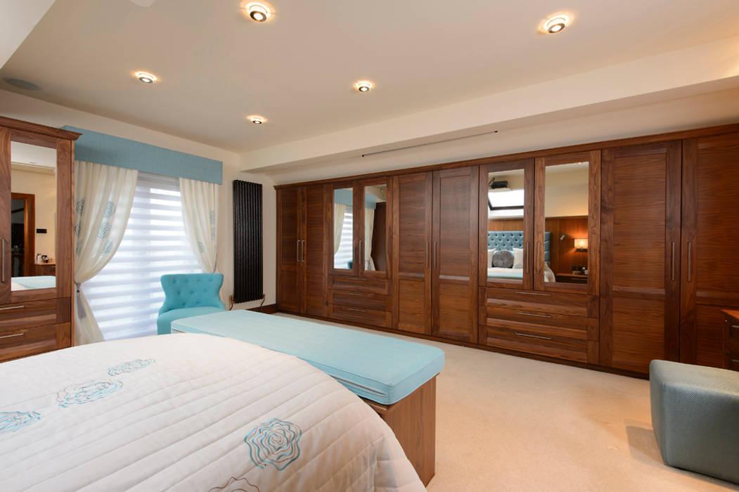 Mr & Mrs Swan's Bespoke Walnut Bedroom Classic style bedroom by Room Classic