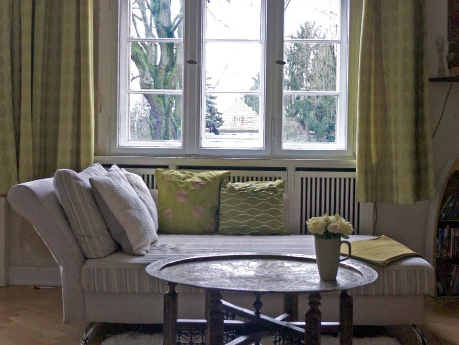 Salas / recibidores de estilo  por Guru-Shop, Ecléctico