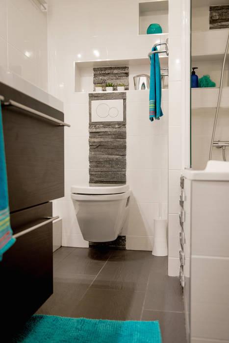 Salle de bains / wc suspendu / pierre parement/ ardoise: salle de ...