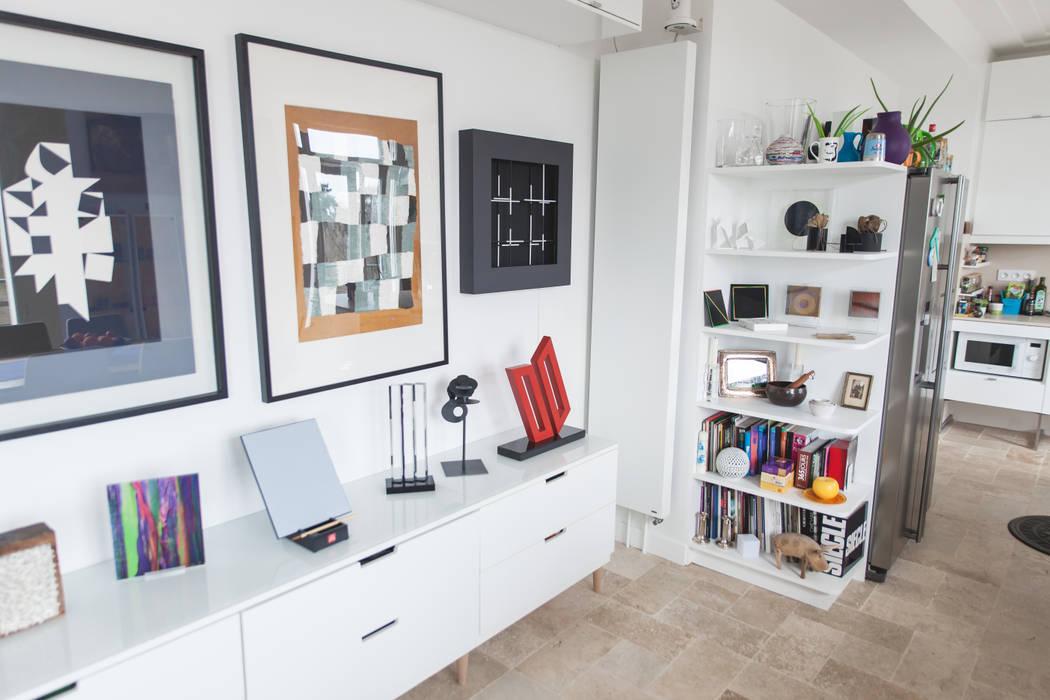 Salon: Salon de style de style Moderne par Lise Compain