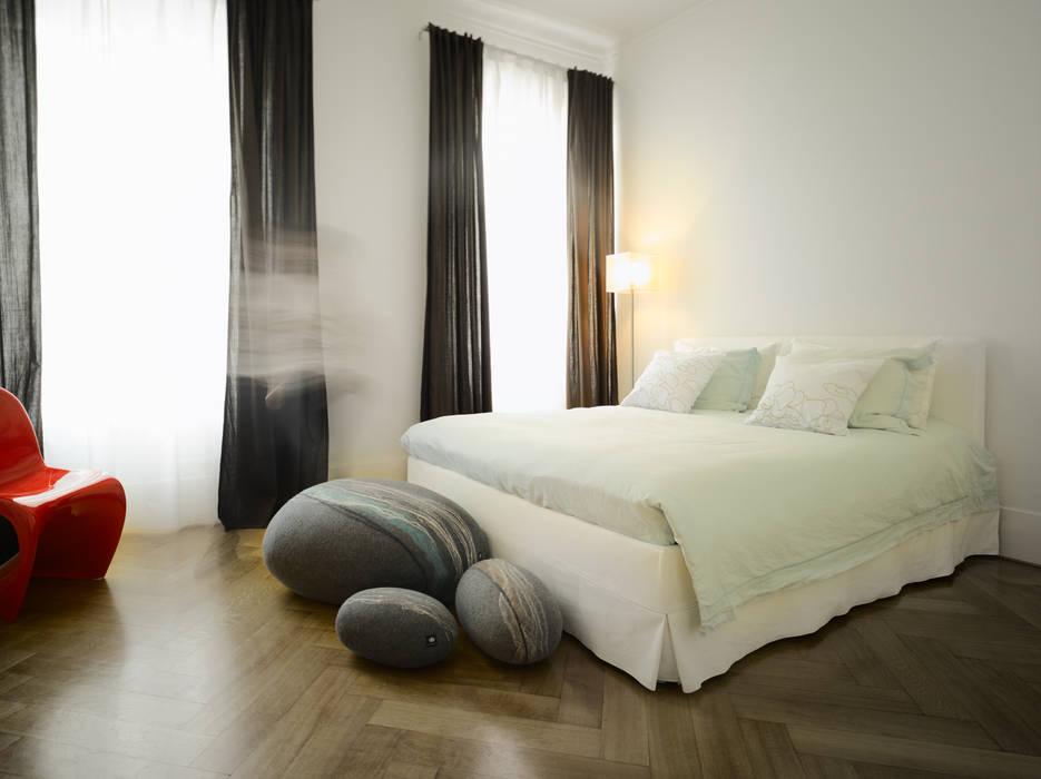 Appartement Stuttgart:  Slaapkamer door Yeh Design