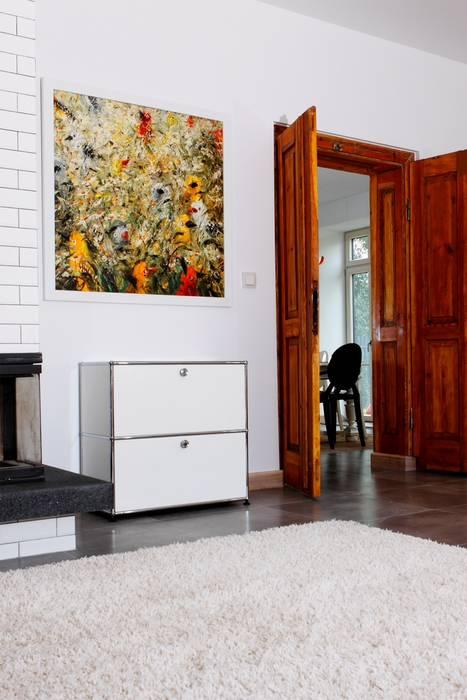 Salones de estilo moderno de REFORM Konrad Grodziński Moderno