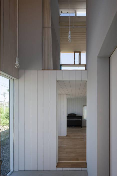 エントランス モダンスタイルの 玄関&廊下&階段 の ihrmk モダン