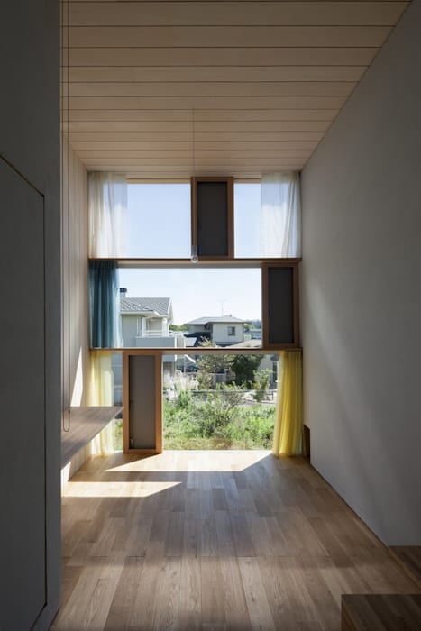書斎東側の窓その2: ihrmkが手掛けた窓です。