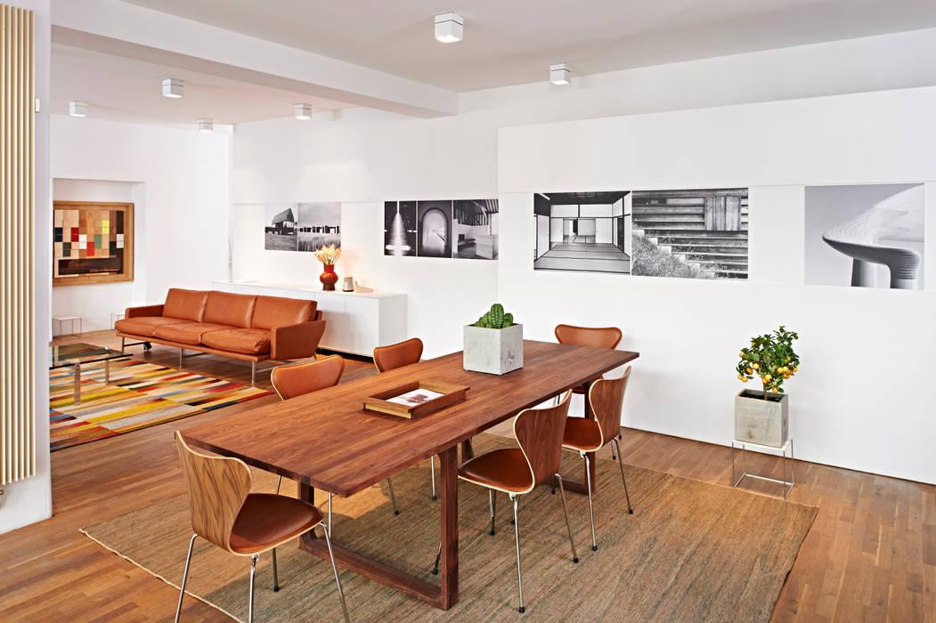 Fritz Hansen Brandstore Minimalist commercial spaces by minimum einrichten GmbH Minimalist