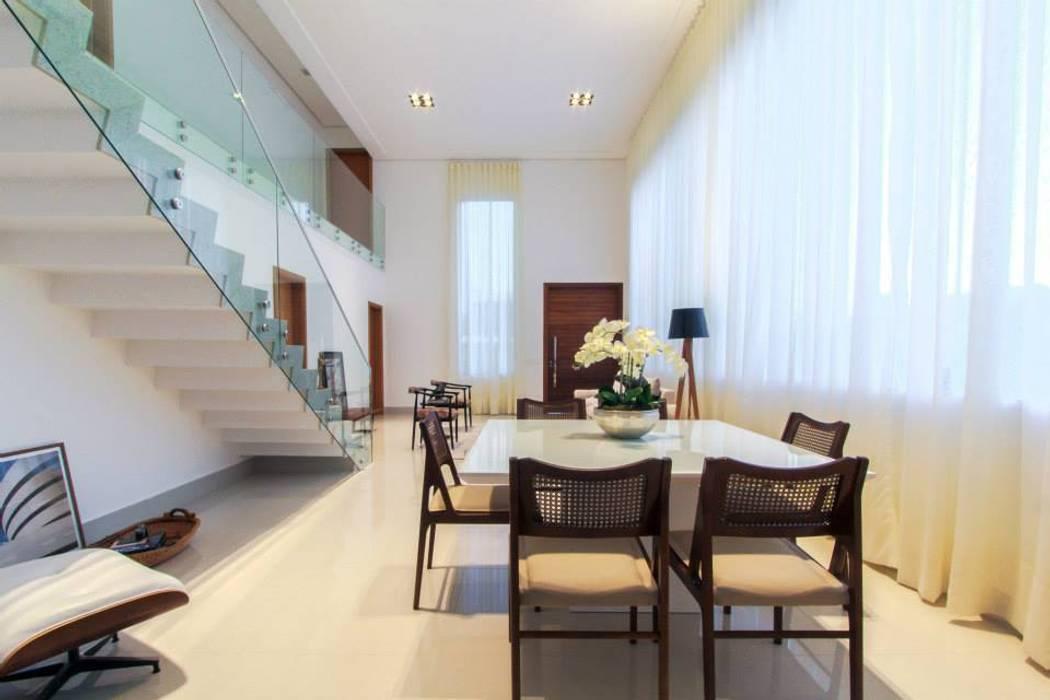 Sala de Jantar de Tony Santos Arquitetura Minimalista