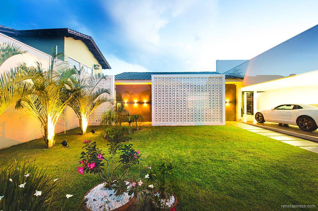 Casas estilo moderno: ideas, arquitectura e imágenes de Rafaela Dal'Maso Arquitetura Moderno