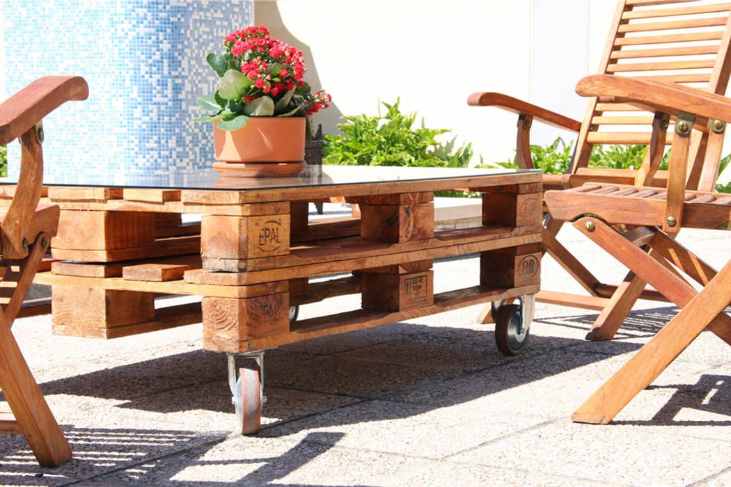 MULHACÉN mesa palets. 120x80cm, 2 alturas: Jardín de estilo  de ECOdECO Mobiliario