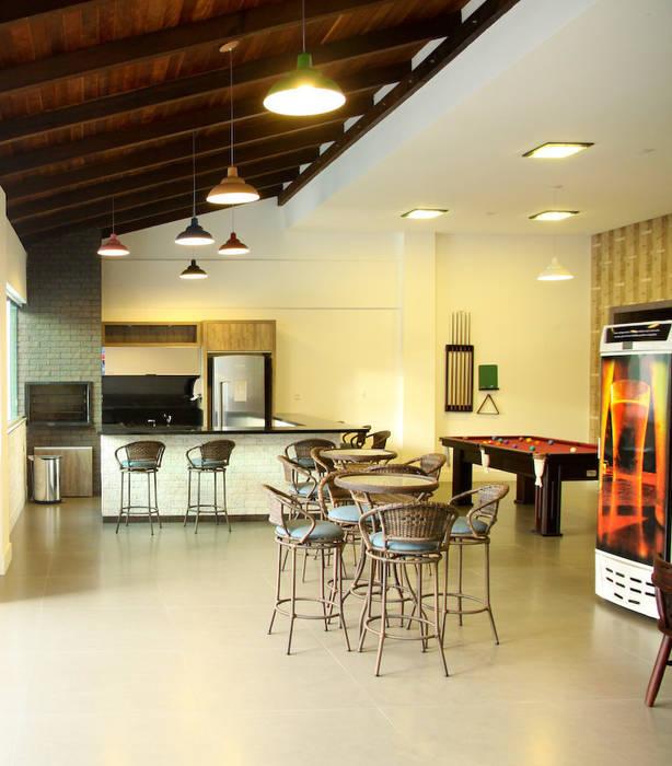 Salão de festas externo: Terraços  por Daniela Vieira Arquitetura,Moderno