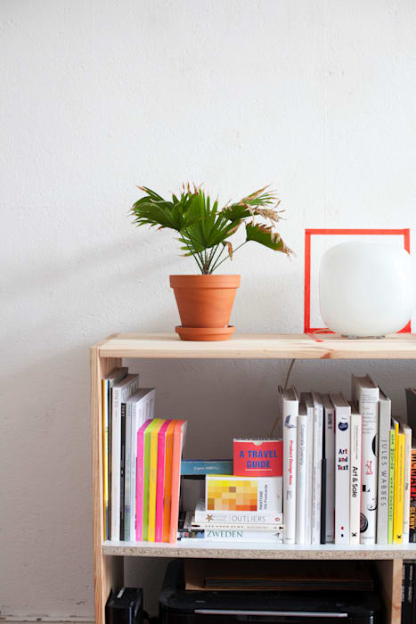 minimalist  by Katleen Roggeman, Minimalist