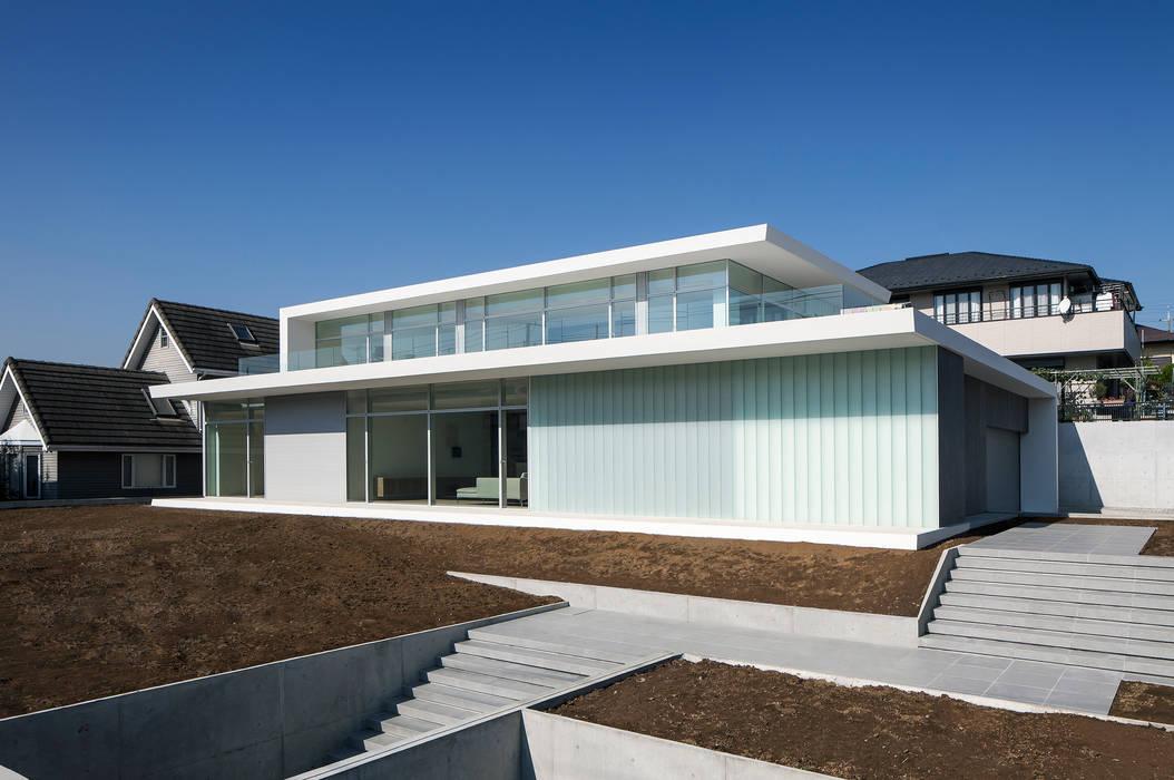 FACADE 3 ミニマルな 家 の YUCCA design ミニマル