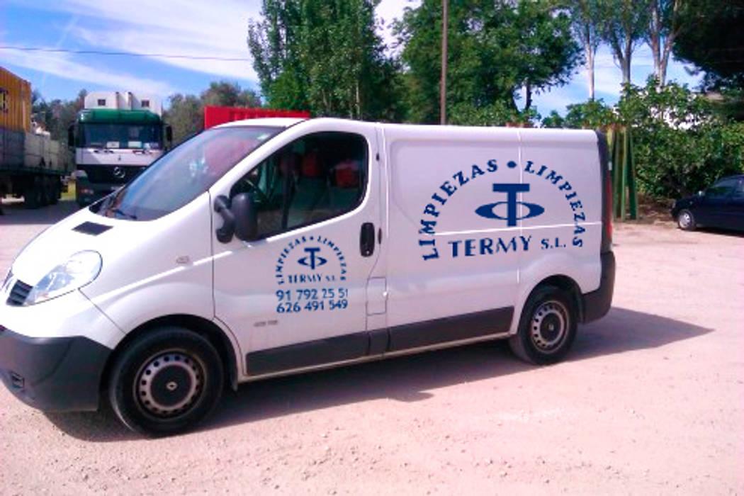 Limpiezas Termy - Empresa de limpieza en Madrid: Espacios comerciales de estilo  de Limpiezas Termy