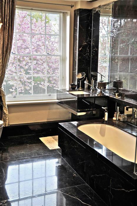 Badezimmer von Ogle luxury Kitchens & Bathrooms