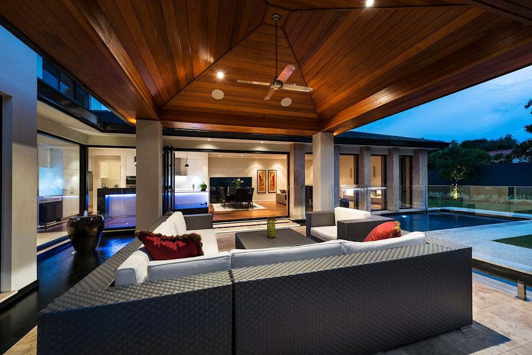 Floreat Residence Modern balcony, veranda & terrace by Moda Interiors Modern