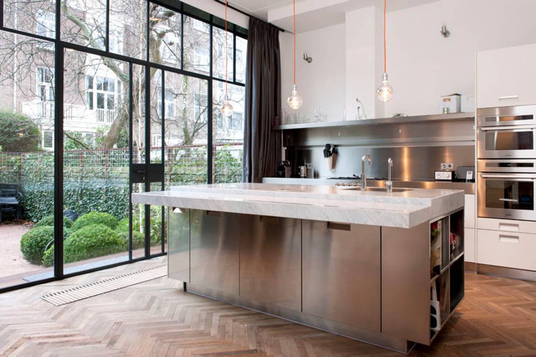 Kodde Architecten bna Кухня