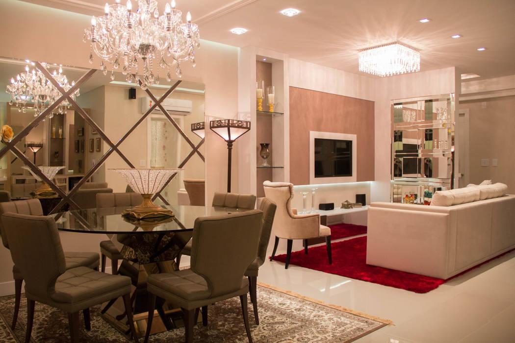 Ambiente Jantar: Salas de jantar clássicas por Rosé Indoor Design